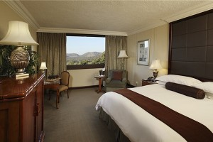 Luxury twin room, The Cascades Hotel